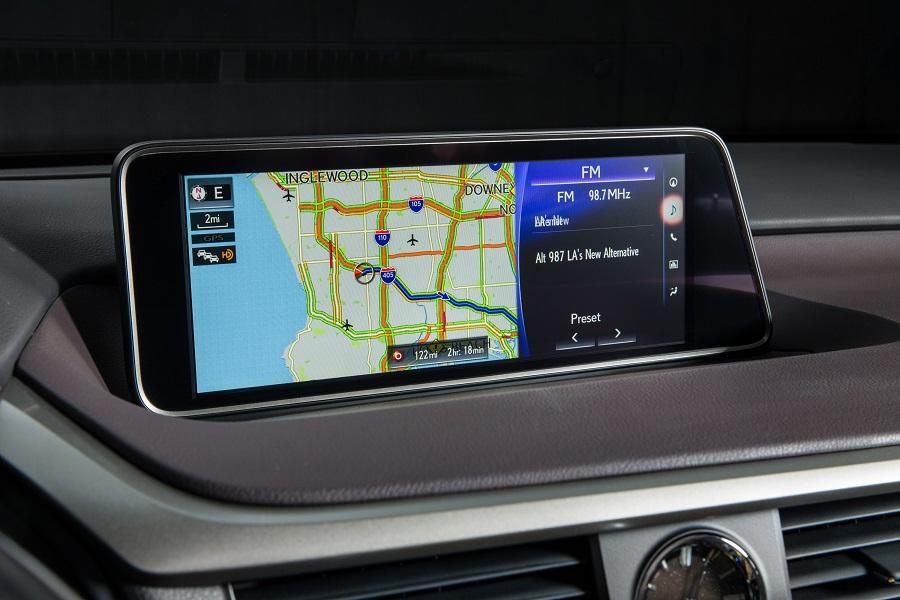 2017_Lexus_RX_panoramic_view_monitor