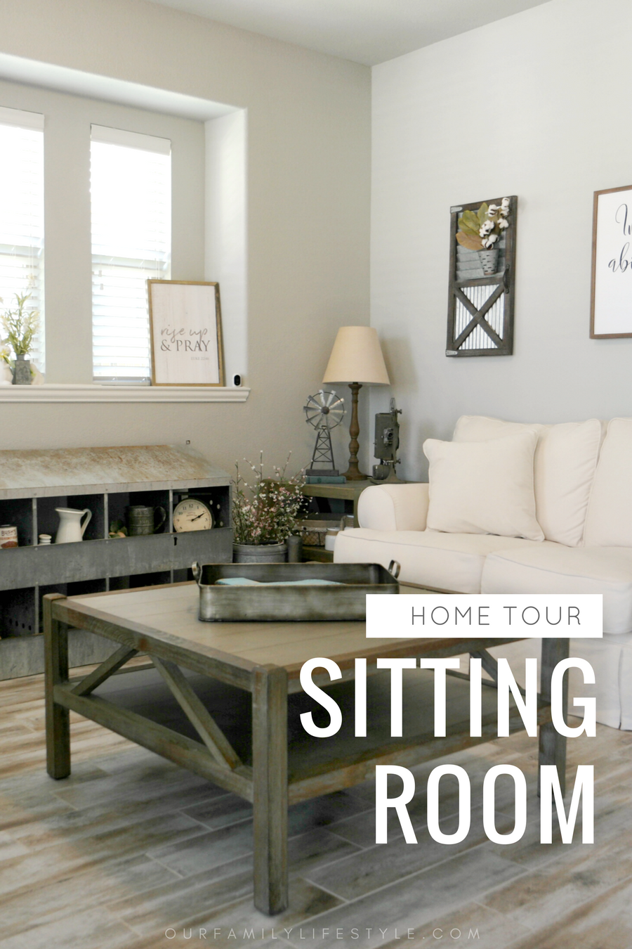 Home Tour :: Sitting Room