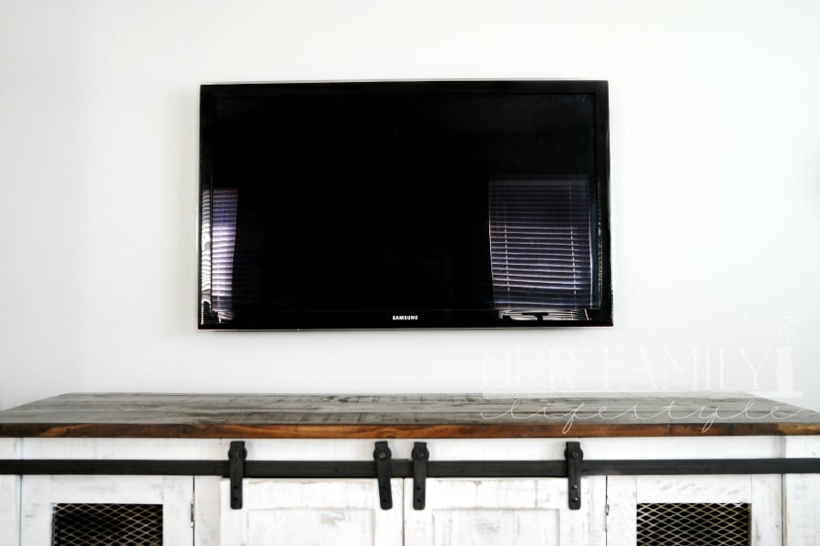 wall mounted TV without cords