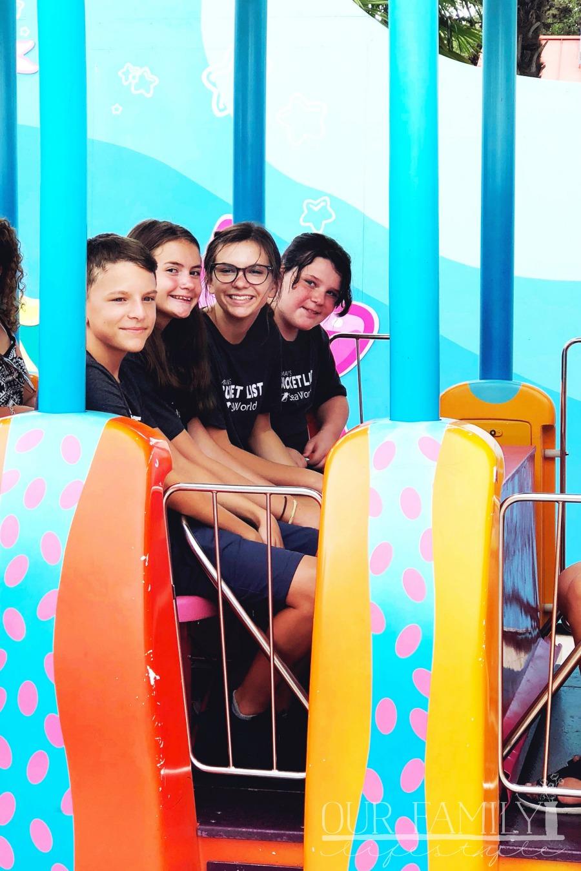 cousins at SeaWorld