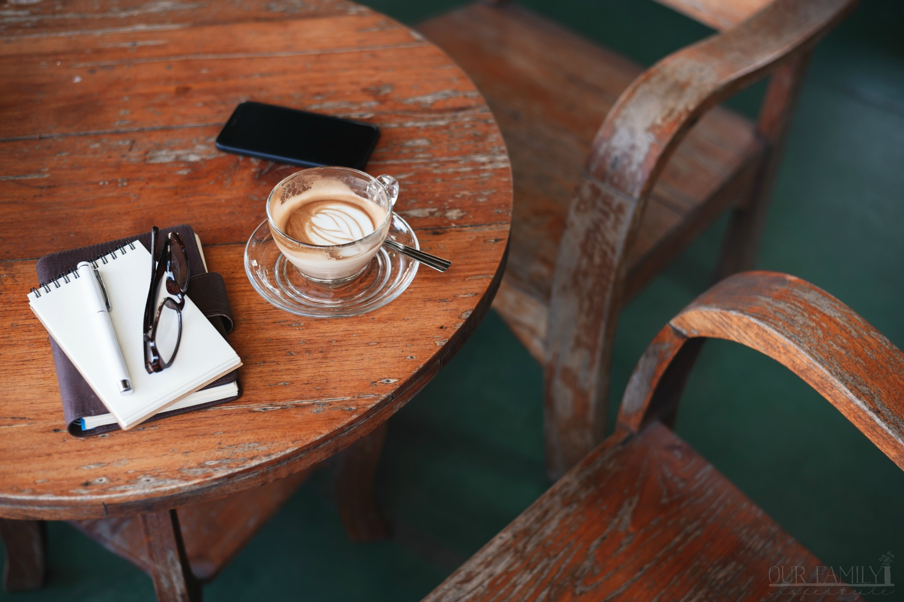 How to Commit to Journaling Every Day to Maintain Momentum
