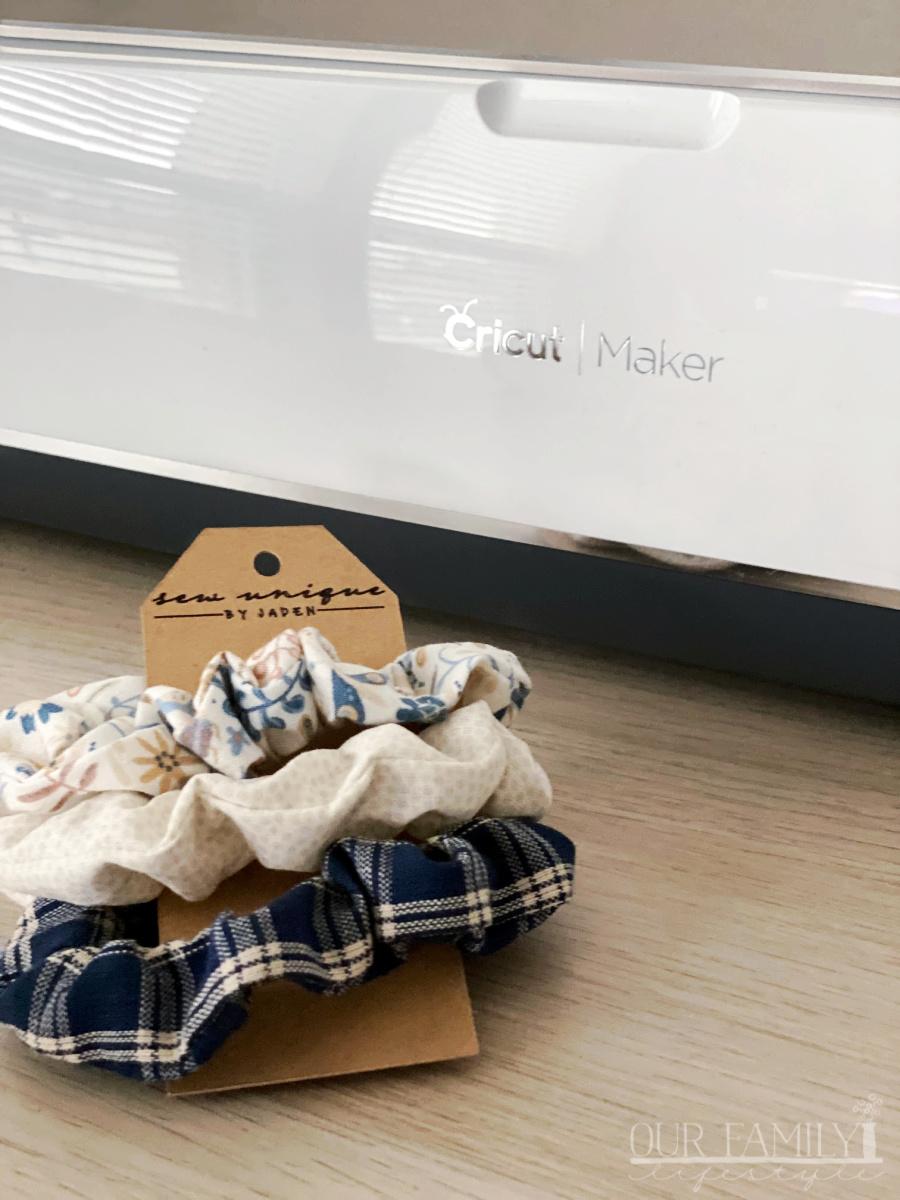 Cricut Maker scrunchie tag
