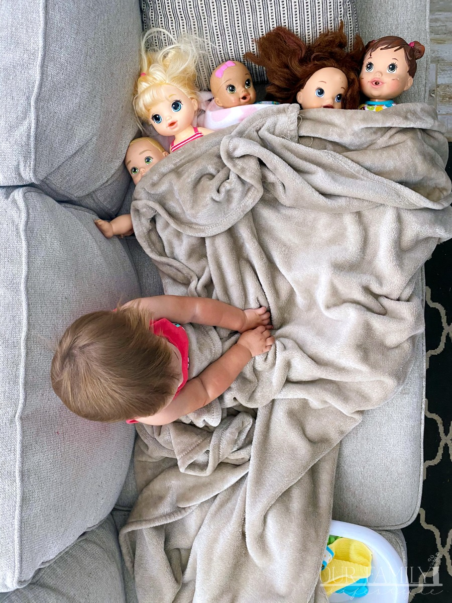 just a girl and her dolls