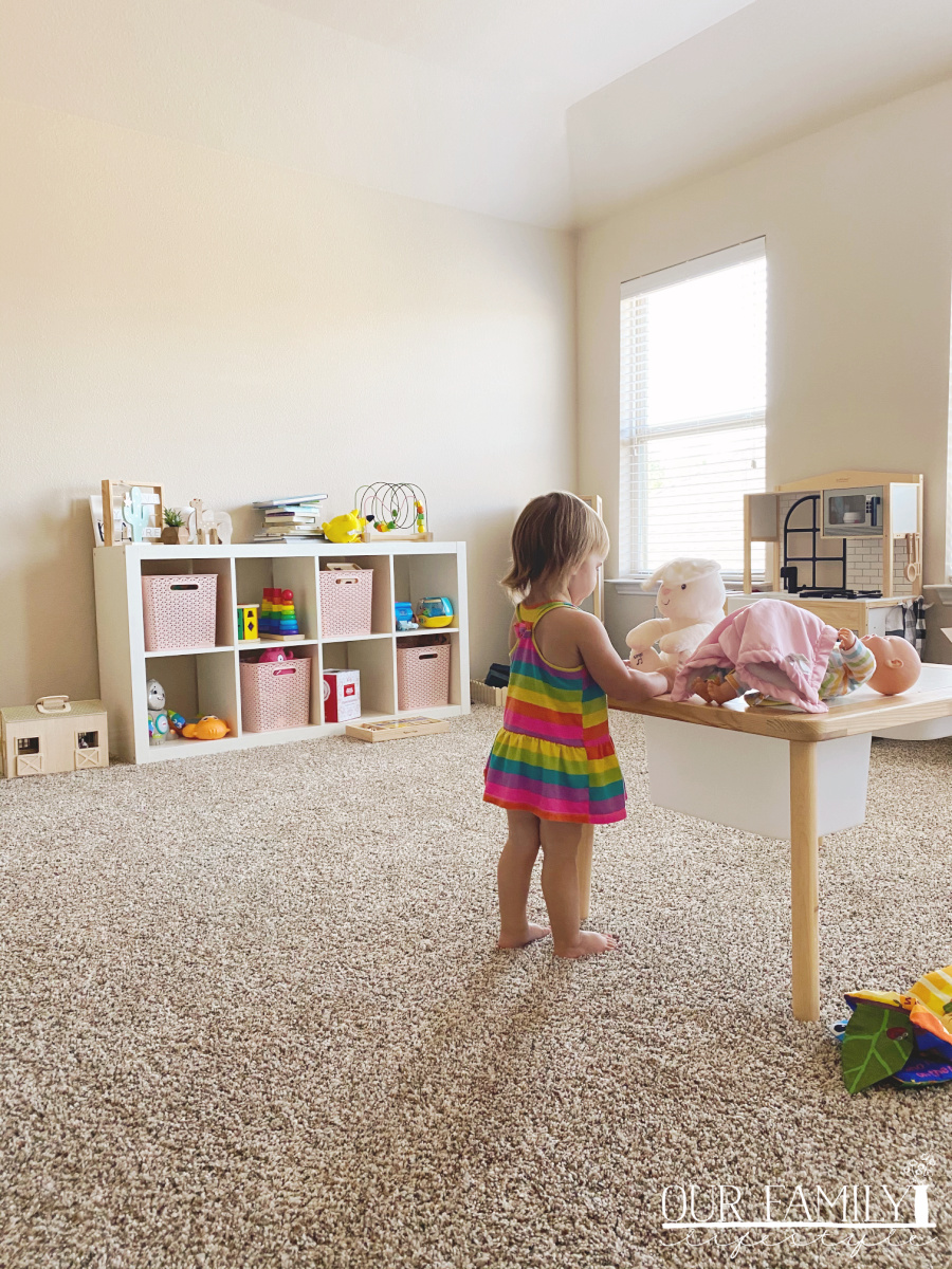 toddler playroom after move (1)