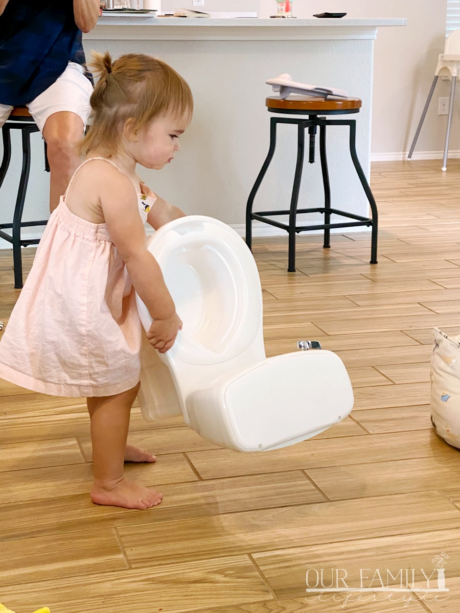 toddler ready to potty train