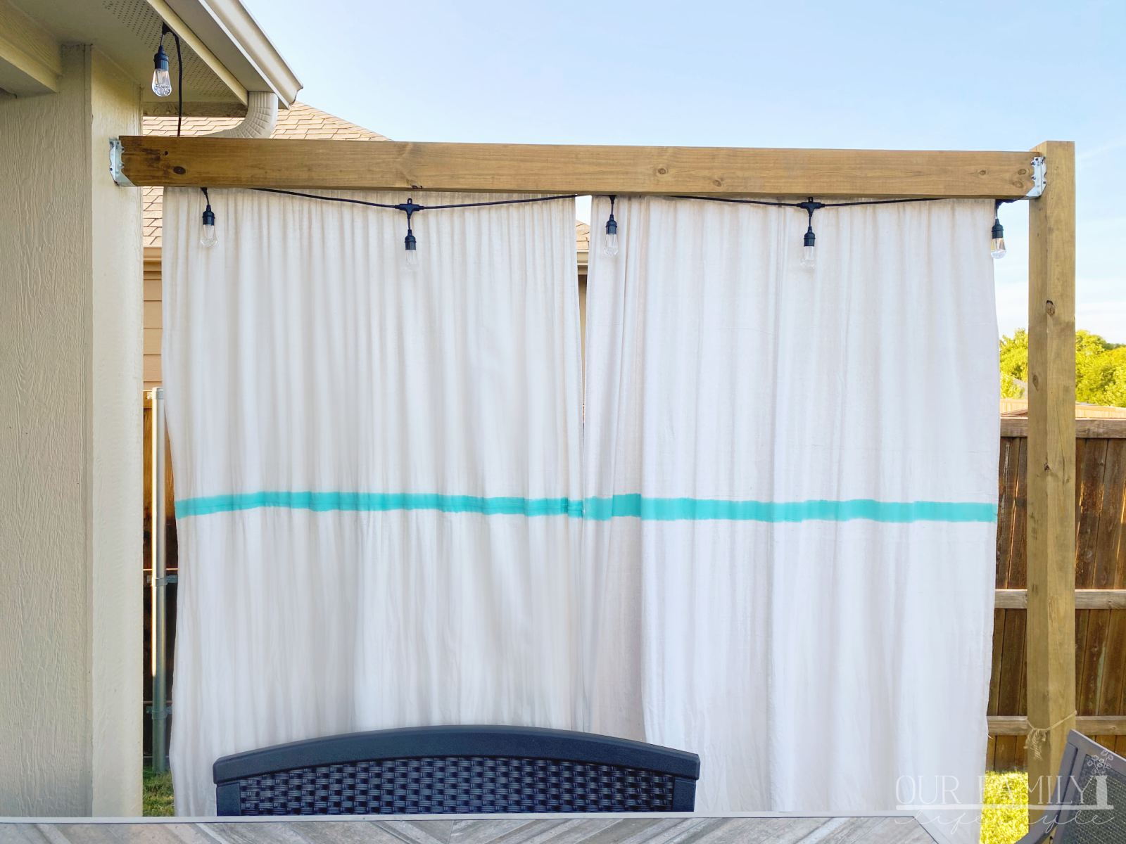 DIY Outdoor Privacy Drop Cloth Screen