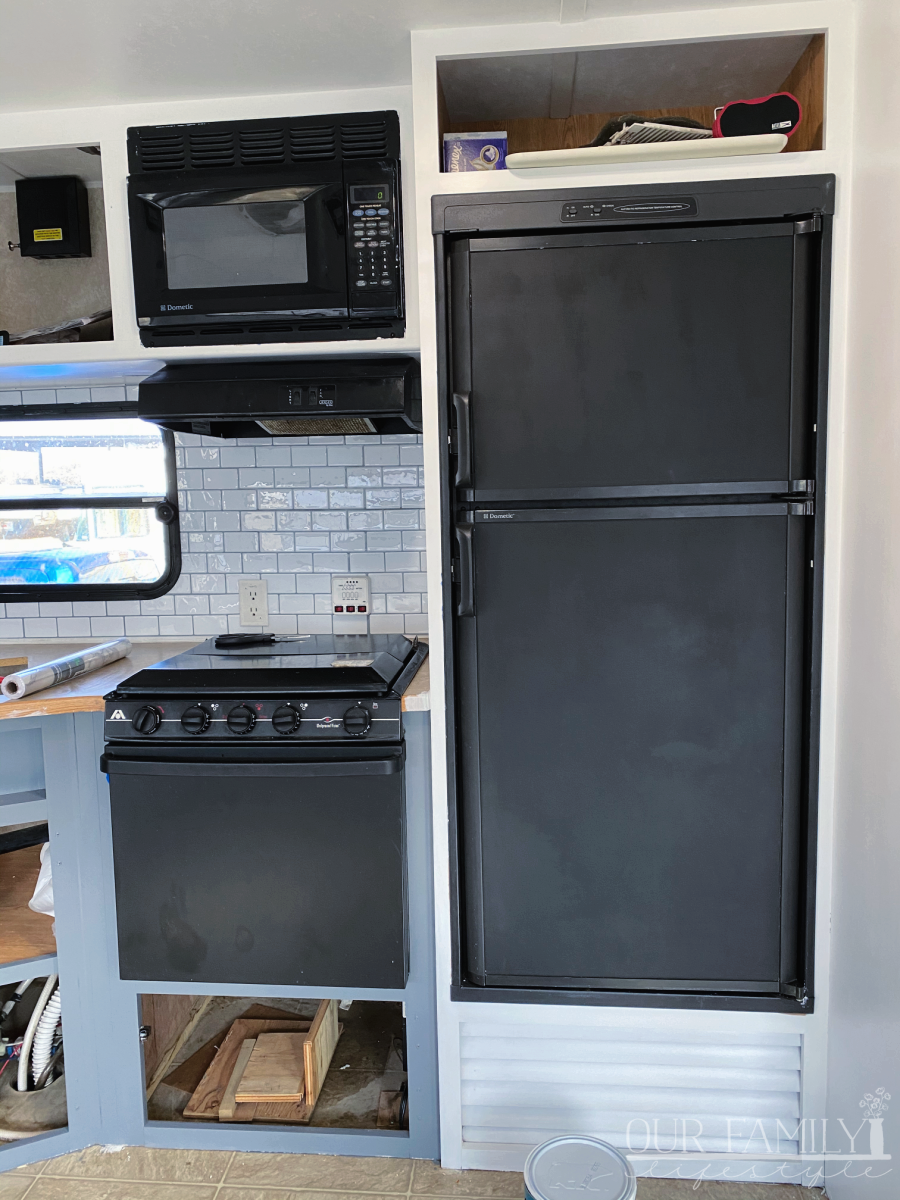 paint an rv kitchen renovation
