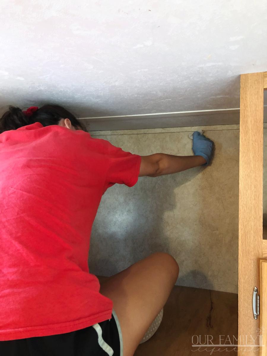 scrubbing rv bunkhouse walls