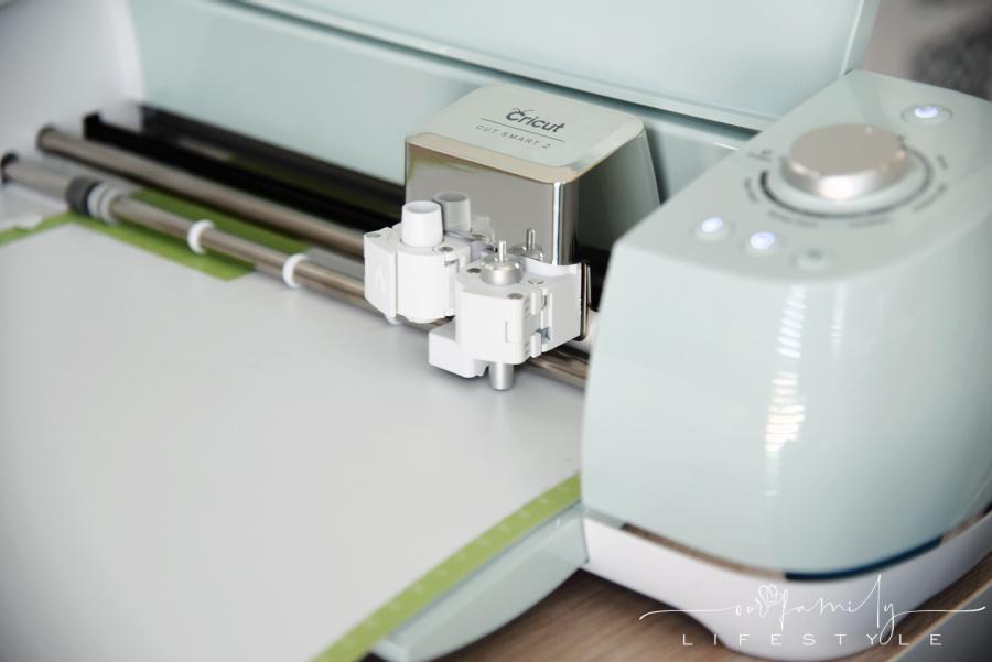 Cricut Explore Air Cut Smart 2 cutting iron on vinyl