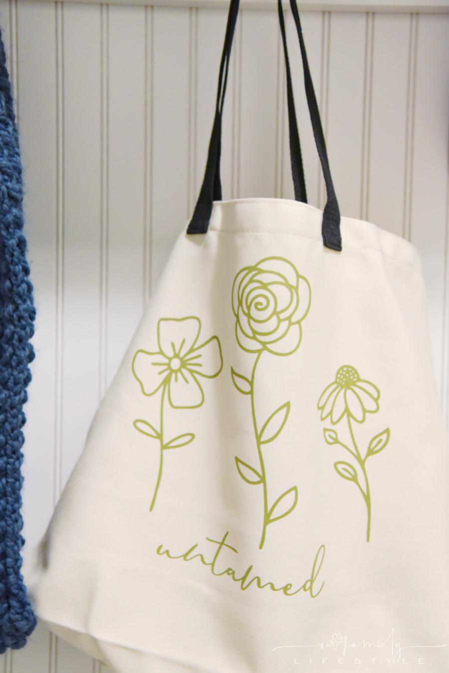 Cricut Vinyl Untamed wildflowers tote bag