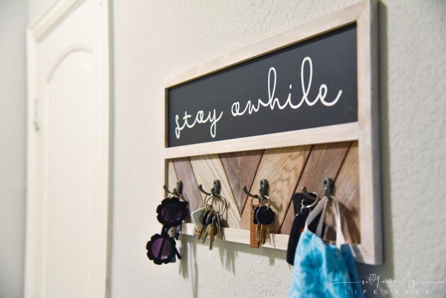 stay awhile vinyl on chalkboard key hanger