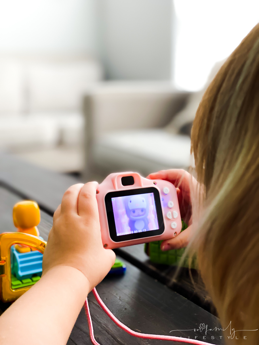 toddler play camera with Magformers Club House Penguin Set